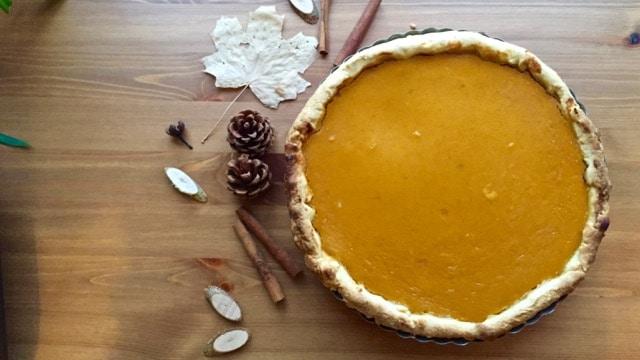 Butternuss-Kürbis und Süßkartoffel Kuchen