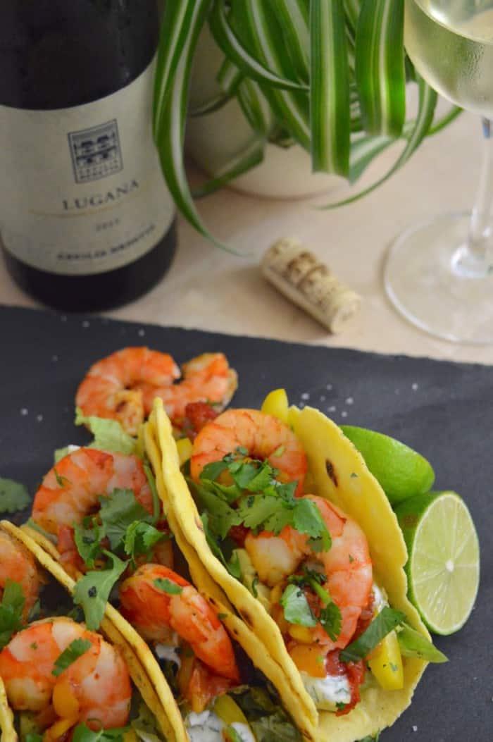 Lugana und selbstgemachte Mais-Tacos